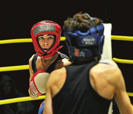 Hemmahopp. Saraar Selar, 14 år från Nödinge, gjorde en stark insats i sin match i diplomklassen, men fick se sig besegrad.