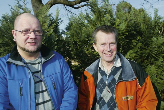 Peter Larsson är ordförande och Bjarne Färjhage kassör i den nybildade föreningen Cykelväg i Västerlanda.