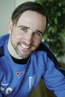 Daniel Lennartsson är ny tränare för Lilla Edets fotbollsherrar. LEIF har imponerat under träningsmatcherna och blir säkert att räkna med i division 3 NV Götaland.