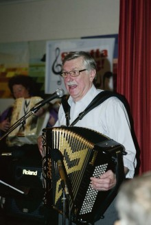 Lennart Thorstensson ledde allsången i vanlig ordning.