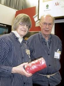 Marianne och Ingemar tog hand om besökarna på årets TUR-mässa.