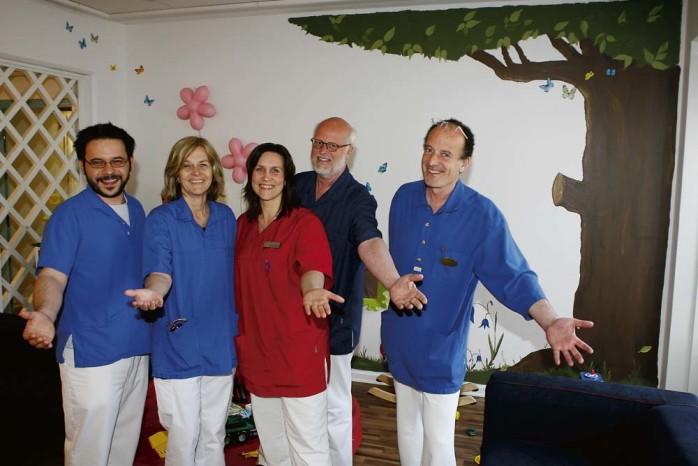 Nödinge vårdcentral bjuder in till öppet hus och 25-års jubileum nästa tisdag. Från vänster: Ioannis Spyridis, Eva Refsgaard, Tina Holmberg, Jerker Seander och Mikael Gronowitz.