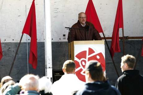 Riksdagsledamot, Sven-Erik Österberg (S), talade om solidaritet och gav självklart också regeringen Reinfeldt-Borg ett par högerkrokar.