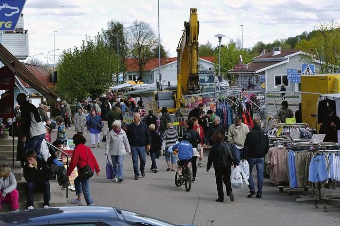 Trängseln var påtaglig längs Göteborgsvägen i Älvängen, inte minst beroende på ett pågående vägarbete.