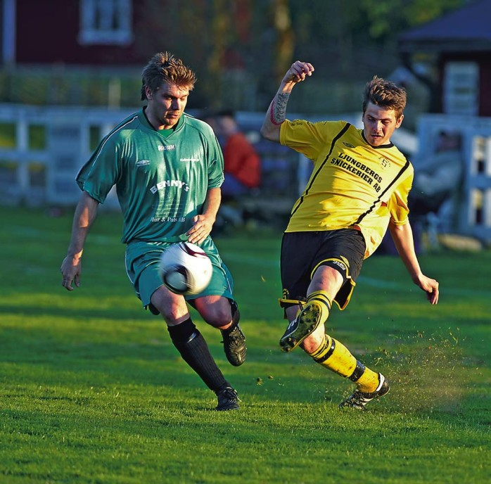 Christian Rönkkö hade stundtals bra fart under fötterna, men denna gång blev det ingen utdelning. Kanske sparade han sig inför fredagens seriefinal på Forsvallen då Vänersborgs FK kommer på besök.