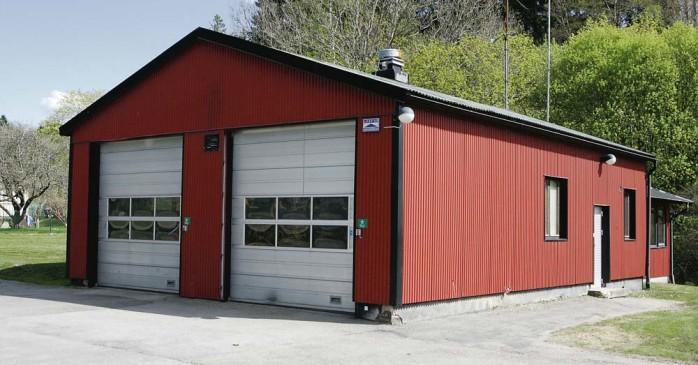 Brandstationen i Lödöse hotas av nedläggning vilket Centerpartiet i Lilla Edet tycker är förfärligt.