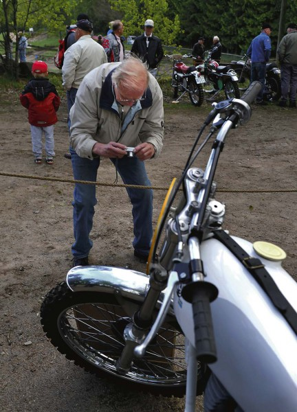 Det fanns många gamla fina motorcyklar att ta bilder på.