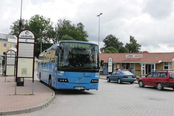 Projektet Dialog med hushållen har inneburit att bilkörningen minskat och många resor istället flyttats över till kollektivtrafiken. Foto: Jonas Andersson