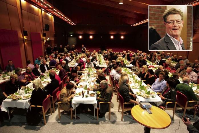 170 företagare, politiker och kommunala tjänstemän lät sig inspireras av Gekås vd Boris Lennerhovs föreläsning i Alafors medborgarhus.