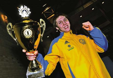 Hampus Henriksson vann sin fight i 75 kilos klassen med klara 3-0. Dessvärre var landskampen redan körd då.