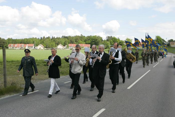 Fantåget anländer hembygdsgården i Starrkärr.