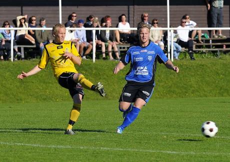 Henrik Andersson och hans AIF-kamrater hade segern som i en liten ask, men Jonathan Gustafsson, som tillhörde en av de främsta derbyaktörerna, och Edet FK lyckades resa sig och nå ett oavgjort resultat på Sjövallen.