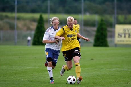 Segerskytt i sista hemmamatchen. Martin Johansson flyttar till Örebro för högskolestudier och avslutade med att göra matchens enda mål.