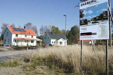 Bostadsområdet Ekeberg håller på att exploateras. Kommunledningen hoppas att ännu fler ska få upp ögonen för Lödöse när vägen är fullt utbyggd och tågtrafiken kommer igång den 9 december.