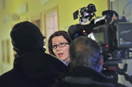 Elena Fridfelt (C) fick motivera Utbildningsnämndens beslut för alla medier, tidningar, radio och tv.