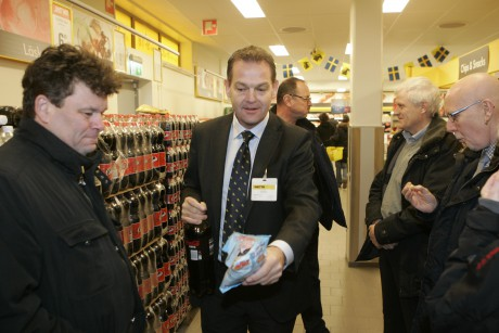 Jan Richter, inköpsansvarig på Netto, bjöd på danska godsaker.