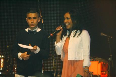 Årets konferencierer på Festivalborg var David Alkhoury och Nathali Altamirano.