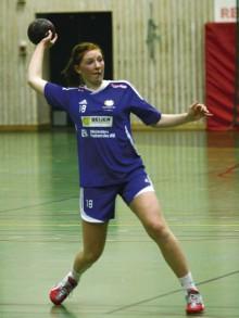 Sofia Hvenfelt, fostrad i Nödinge SK, men nu spelandes i Önnereds HK, var med och tog hem EM-guld för Sverige i en riktig rysarfinal i söndags.