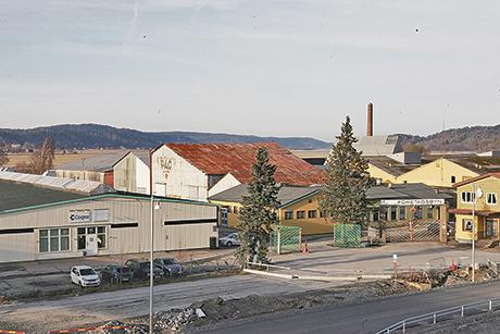 Carlmarks tidigare industriområde i Älvängen liknar idag mer en spökstad som lockar till kriminalitet.
