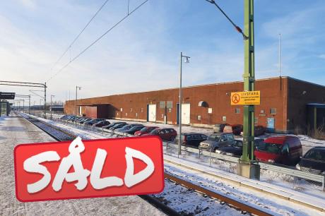 Wicanders tidgare fabrik i Älvängen har fått en ny ägare. Stenhaga Invest AB ligger bakom förvärvet tillsammans med LM Beslag & Inredning som ingår i en företagsgrupp med bland andra LM Stålteknik AB i Nossebro. Dessa två företag kommer att flytta sina verksamheter till Älvängen så snart det är möjligt. Det betyder i sin tur ett tillskott av drygt 20 arbetstillfällen.