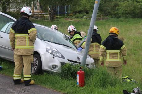 En singelolycka inträffade på Vikaredsvägen i Älvängen på tisdagseftermiddagen. Foto: Christer Grändevik