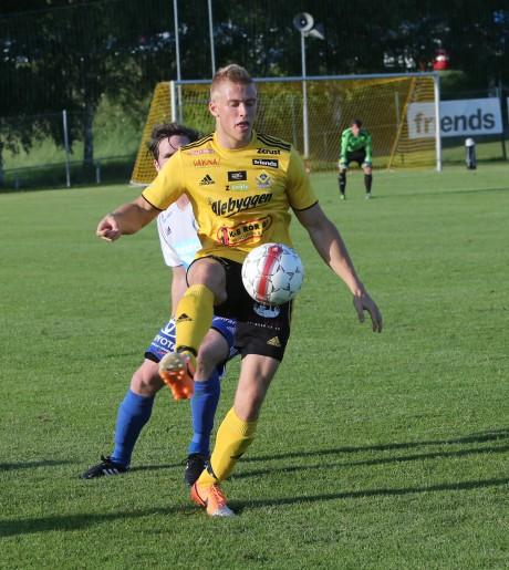 Markus Hedberg svarade på nytt för en felfri insats som mittback i AIF.