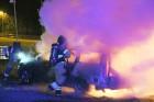 Räddningstjänsten släckte en bilbrand på Rödjans väg i Nödinge under torsdagskvällen.