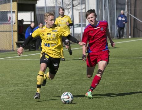Jesper Johannesson var klart piggast i Ahlafors IF på Vallhamra IP. Jesper spelade på en ny position ute till höger på mittfältet.