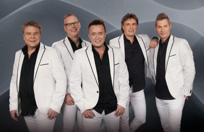 Nu på fredag, den 3 juni, spelar Streaplers upp till dans i Furulundsparken, Alafors.