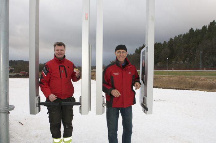 Ett nytt biljettsystem till liftarna i Alebacken testkörs i helgen. Ett jättelyft för skidanläggningen förklarar Jan-Erik Alfredsson och John Stjerna.