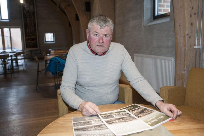 """I åtta år har Kjell Johansson från Nygård arbetat för att få klart hembygdsboken """"Ale-Skövde socken 1850-2010""""."""