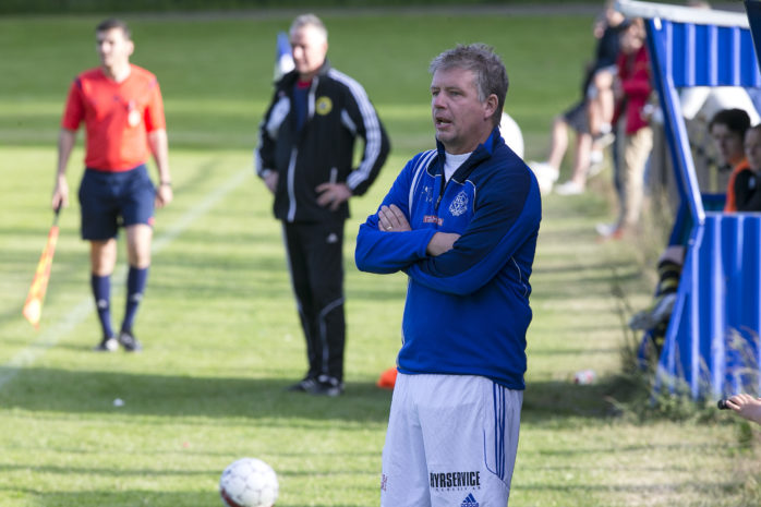 Nols tränare Peter Karlsson var nöjd med lagets insats trots att det blev förlust mot Floda. Arkivfoto.