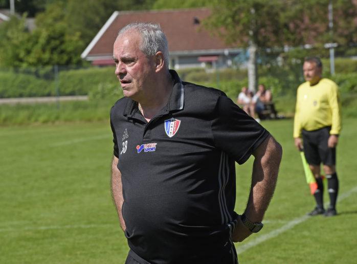 Torben Christiansen slutar som tränare i Lödöse Nygård.