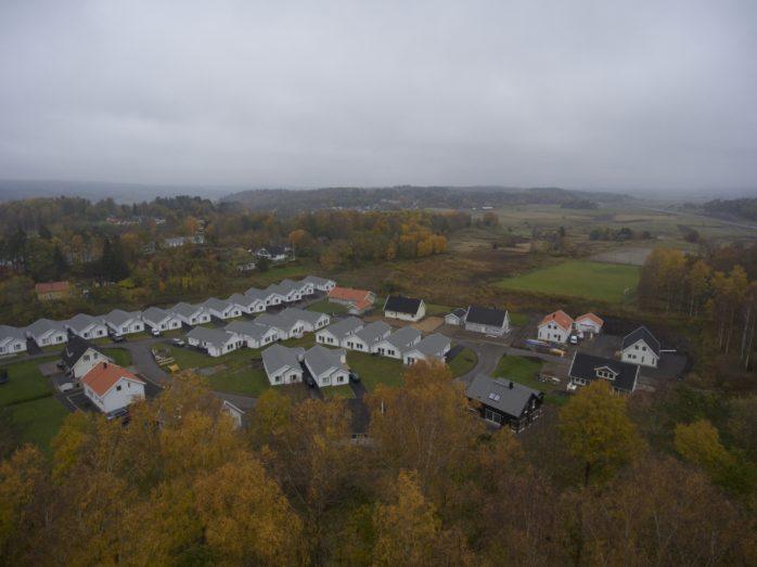 Lilla Edet är den kommun där villapriserna har ökat mest i Västra Götalands län under de senaste fem åren. Lödöse är särskilt attraktivt med närheten till tågstationen.