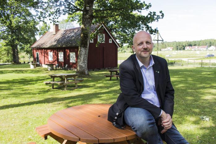 Oppositionsrådet Mikael Berglund (M) ser fram mot valarbetet och menar att politiken i Ale måste ta tillbaka ledarskapet. Han menar att det numera råder ett tjänstemannastyre.
