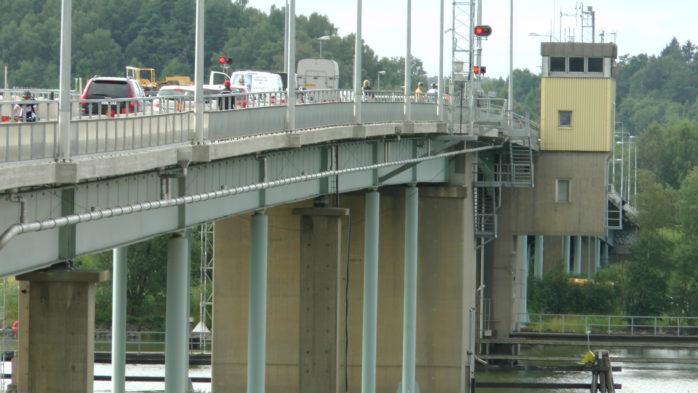 Jordfallsbron fick nödöppnas. Arkivbild: Christer Grändevik.
