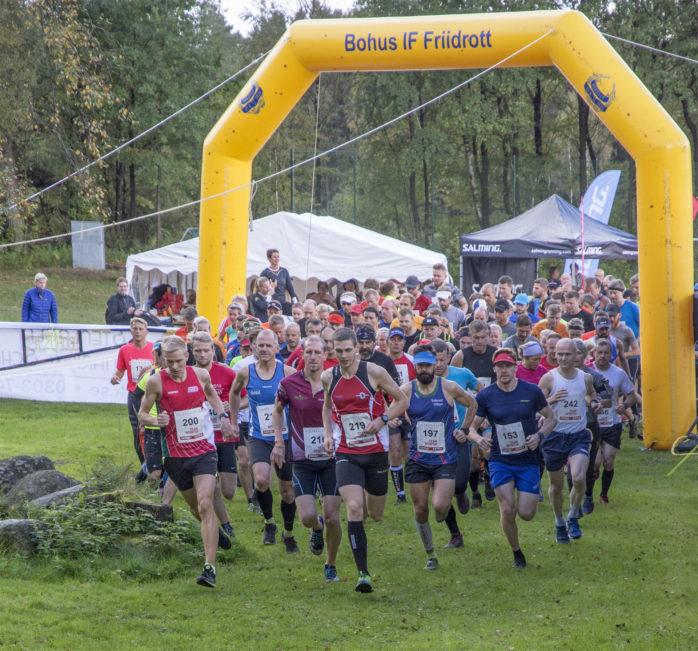 Drygt 290 löpare var med i den andra upplagan av Ale Trail Race som avgjordes i helgen i Bohus.  Foto: Pelle Dalberg.