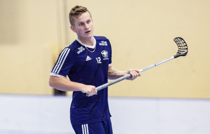 Niklas Karlssons Ale IBF toppar division 4. Arkivbild.