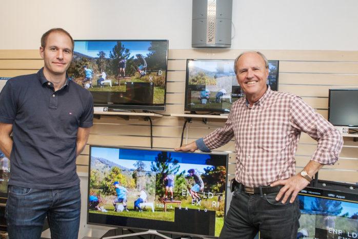 Torsdagen den 19 oktober stänger Ale Radio & TV. Butiken har funnits i Älvängen sedan 1975. Ingvar Johansson och sonen Kristoffer Säwström lämnar ett stort tomrum efter sig. Ingvar kommer emellertid fortsätta i rollen som servicetekniker, skruva upp paraboler, laga tv-apparater och så vidare.