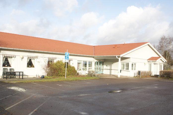 Älvängens aktivitetshus har länge varit den naturliga mötesplatsen för den äldre generationen. Vid årsskiftet upphör verksamheten.