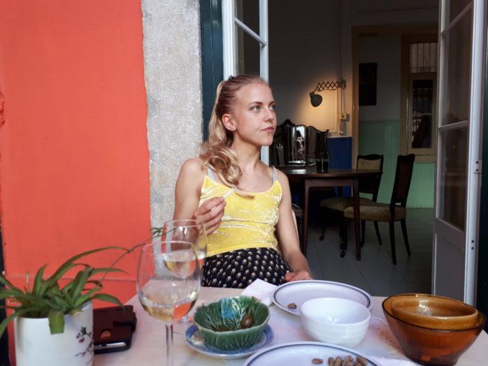 Johanna Dahlbäck från Hålanda får Ales arbetsstipendium. Foto: Privat.