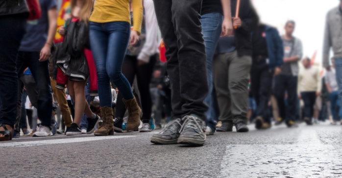 På måndag väntar en demonstration för Fridhem utanför Medborgarkontoret i Nödinge.