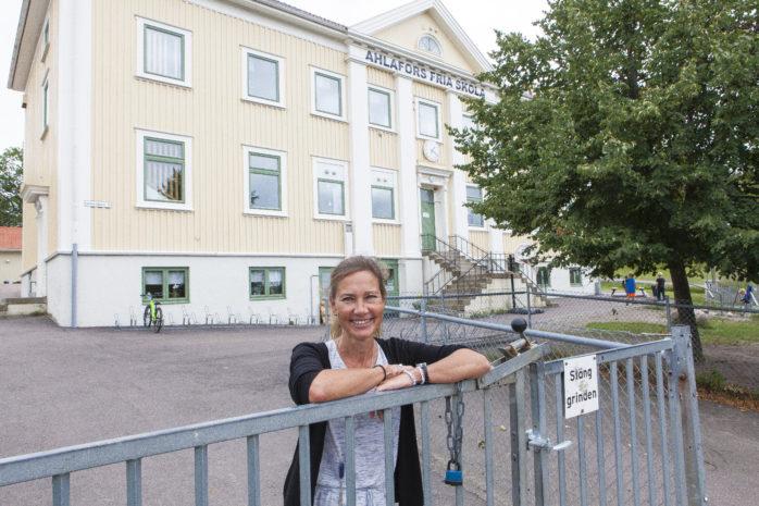 Karin Södersten är färsk rektor i dubbel bemärkelse. Nyexaminerad i våras och nu tillträder hon som ansvarig rektor för Ahlafors Fria skola.