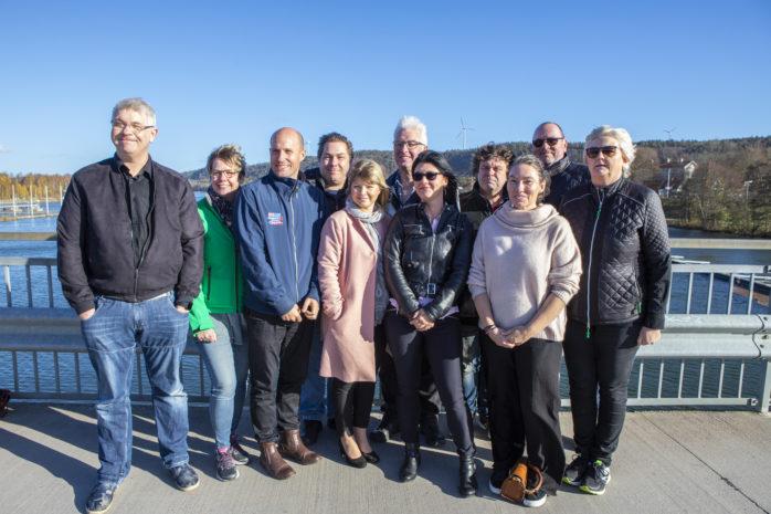 Den nya politiska ledningen i Lilla Edets kommun. Jonas Hilmersson (KD), Carina Andersson (C), Andreas Nelin (M), Mattias Hammenfors (MP), Julia Färjhage (C), Jörgen Andersson (C), Kamilla Nilsson (M), Peder Engdahl (M), Zara Blidevik (M), Lars Ivarsbo (C) och Eva Lejdbrandt (L).