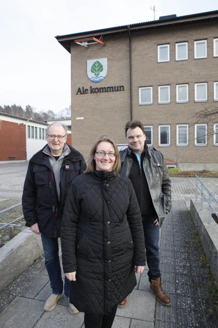 Blickar framåt! Laila Ekman har nyligen tagit över som tillförordnad sektorchef för samhällsbyggnad. En lösning som Tyrone Hansson (FiA), ordförande i Samhällsbyggnadsnämnden och Rolf Gustavsson (S), vice ordförande, känner sig mycket till freds med.