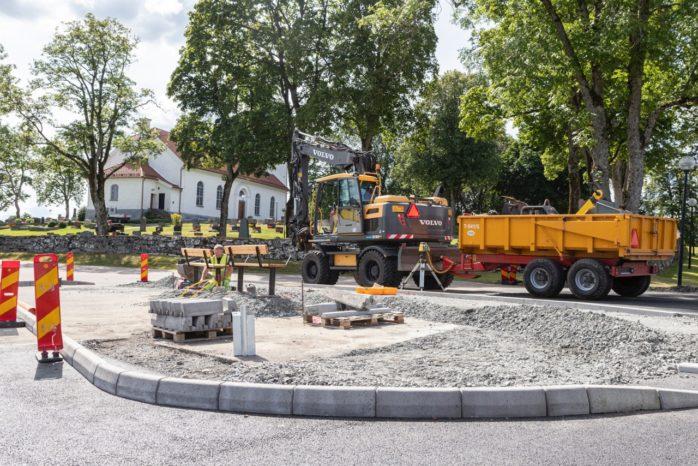 En ny hållplats har anlagts vid Starrkärrs kyrka där busslinje 414 kommer att stanna.