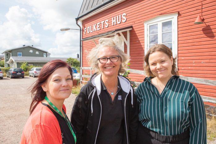 Nytt forum för kommunens företagare. Onsdagen den 28 augusti är det premiär för Frukostklubben i Älvängens Folkets Hus. Fredrika Selinder, Malin Eklund och Lina Bodestad hoppas på god uppslutning.