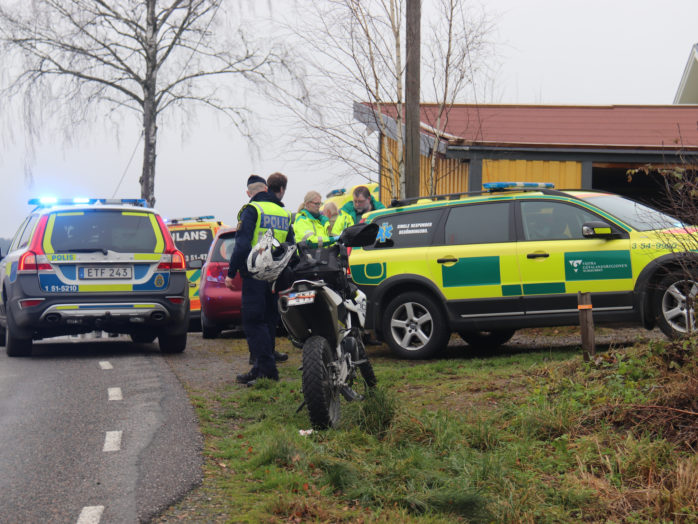En cykel och och motorcykel kolliderade på Hålandavägen på lördagen kl 12.30.Foto: Christer Grändevik