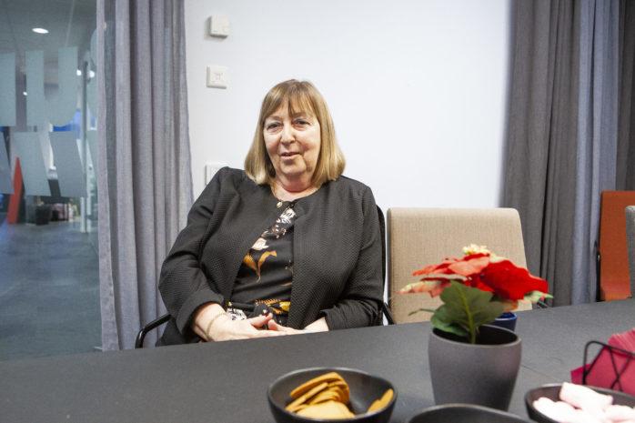 Monica Samuelsson (S), oppositionsråd i Ale kommun, gillar inte att Koalitionen beskriver Ale som en kriskommun.