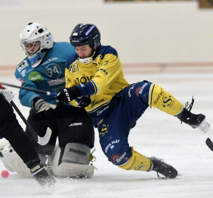 Surte BK förlorade sin andra match för säsongen. Mot Blåsut lyckades laget inte komma upp i nivå. Arkivbild: Allan Karlsson.